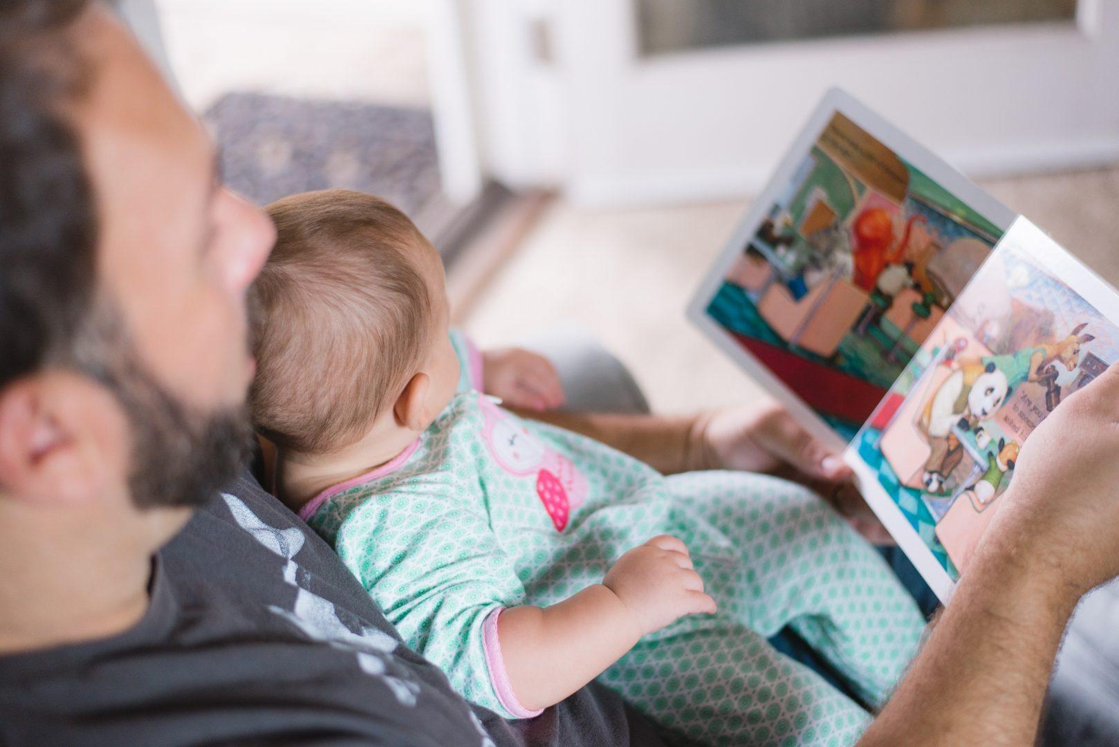 Urlop rodzicielski – ile może trwać i jak się o niego ubiegać?